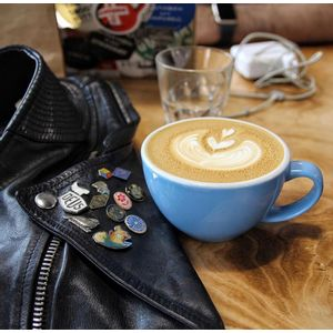 Taza de Café con Plato Prisma Celeste - X Unidad